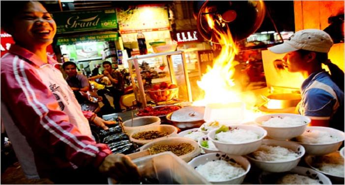 Hanoi Street Food & Luxury Halong Bay Cruise